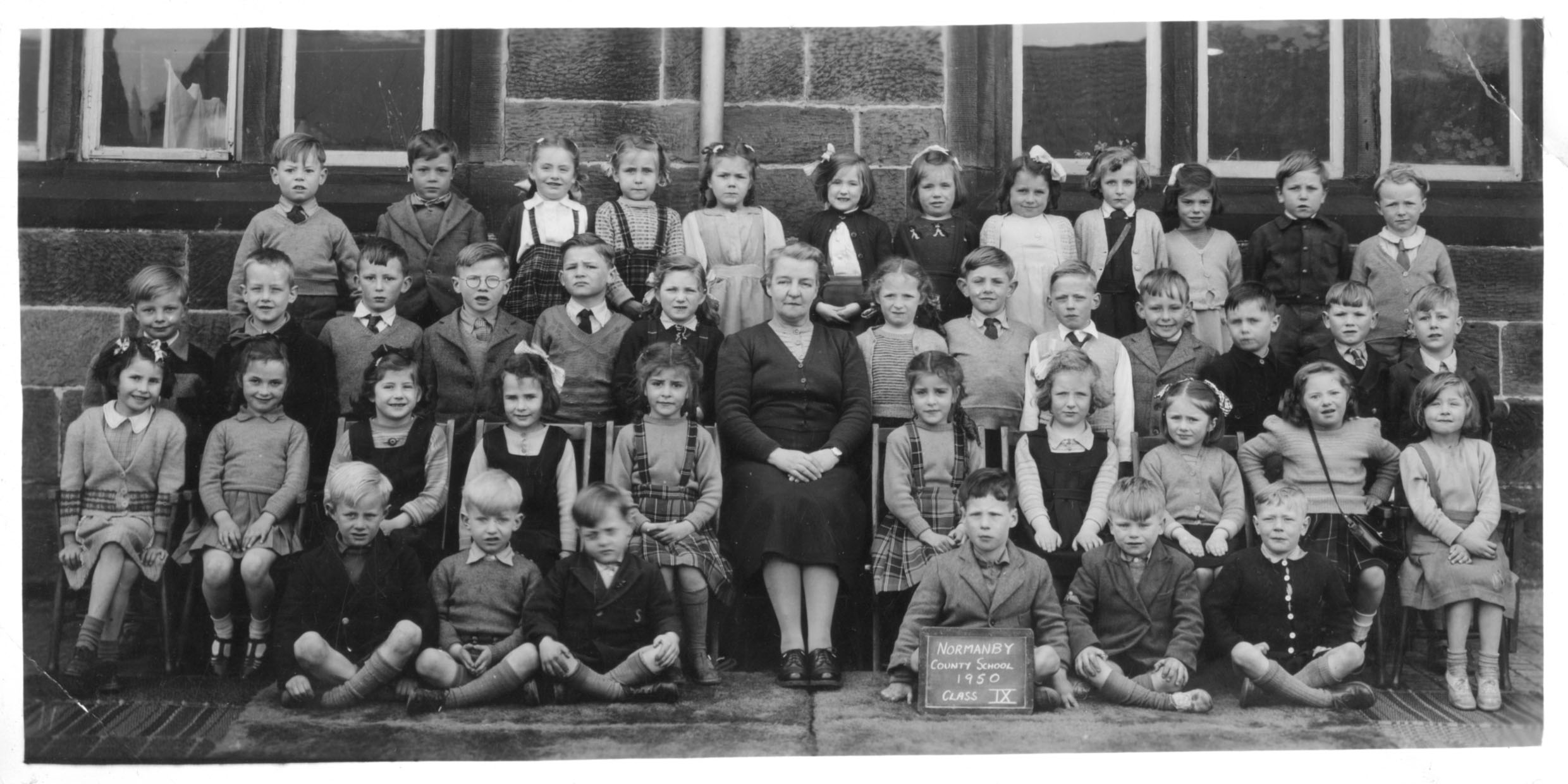 Normanby School Photo Class - 1950-class9